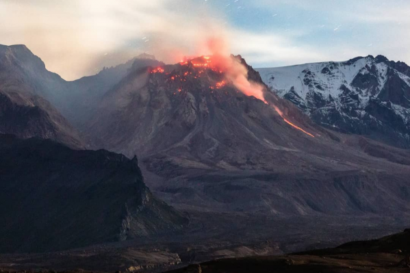 Шивелуч — самый северный из действующих вулканов на Камчатке