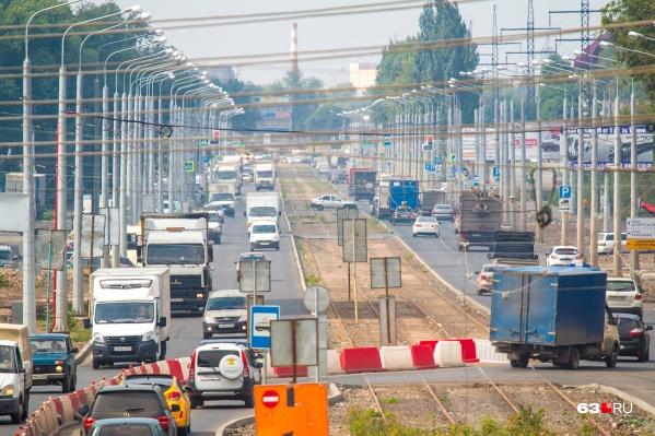 Заводское шоссе на участке от XXII Партсъезда до Земеца окончательно обновят к сентябрю