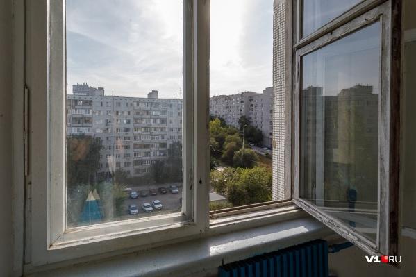Жителям региона регулярно напоминают: ребенок в комнате — закрой окно