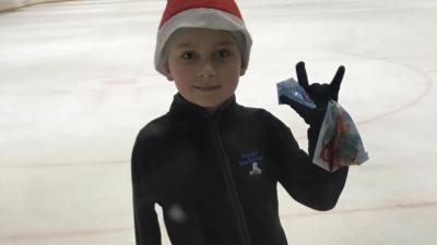 С мужеством взрослого человека: оставшийся без руки фигурист из Волгограда вернулся на лед