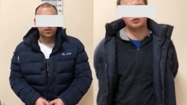 Появилось видео допроса подозреваемых в убийстве тюменца, чье тело нашли при сортировке мусора