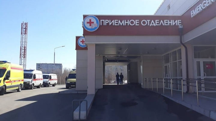 «Возможен неверный диагноз»: в БСМП после операции по удалению желчных камней умерла женщина