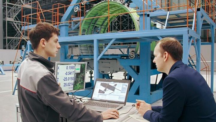 На нижегородском заводе «Сокол» начали сборку первого серийного пассажирского самолета Ил-114