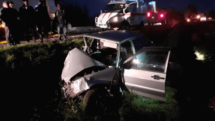 В ДТП в Башкирии столкнулись грузовик и отечественная легковушка