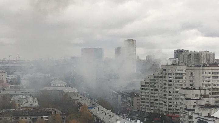 Загорелось здание больницы Уралтрансмаша