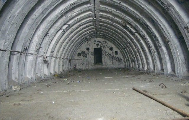 Власти Ростова поручили проверить бомбоубежища