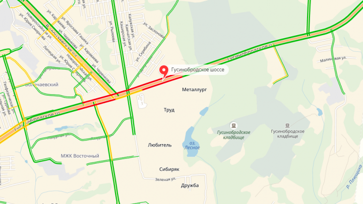 Три ДТП подряд: Гусинобродское шоссе встало в пробку из-за аварий