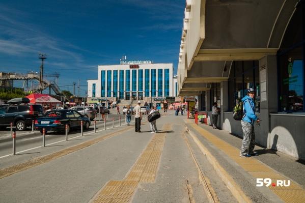 К железнодорожному вокзалу присоединится автовокзал, а также трамвайное и автомобильное сообщение