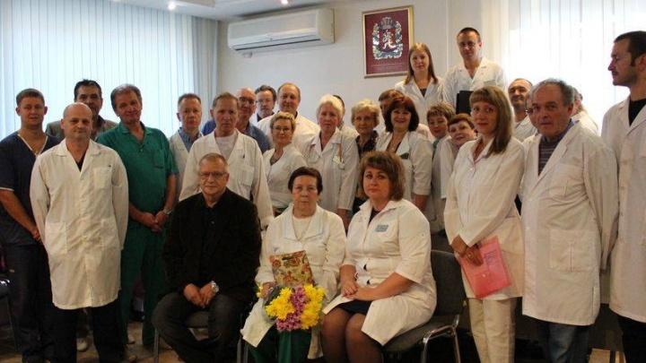 Врач-анестезиолог проработала в 20-й больнице 50 лет и ушла на пенсию