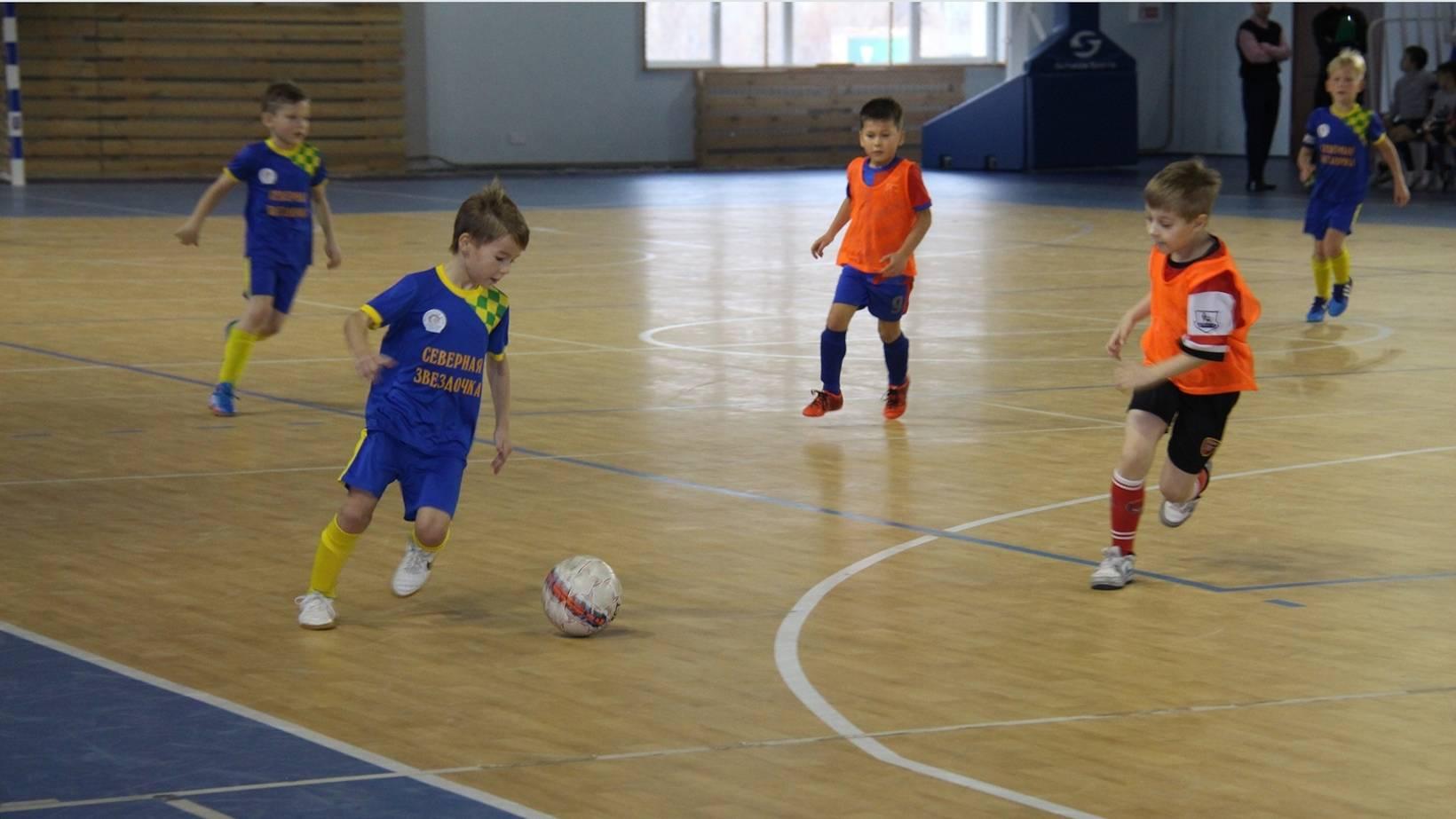 Уже через пару месяцев после открытия клуба в нем играло более 300 детей