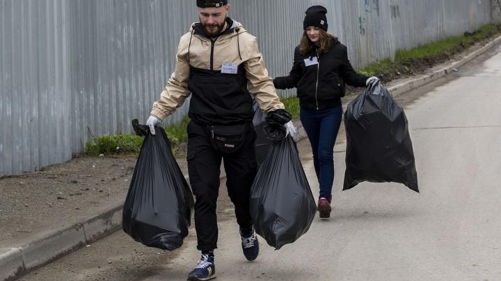 Новосибирцам предложили обменять мусор на билеты в театр и музей