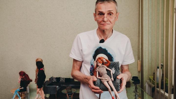 55-летний электрик из Тюмени делает мебель для Барби и продает её за большие деньги по всему миру