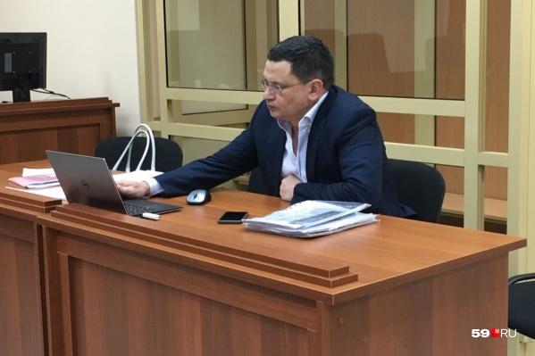 Алмаз Закиев вину не признает