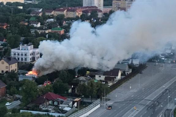 Задохнулась, спасая детей: подробности пожара на Лунева, в котором погибла 27-летняя тюменка