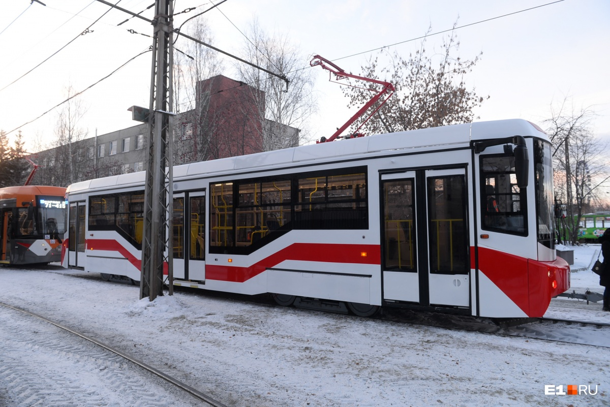 Пять новых вагонов 71–407 уже в ближайшее время начнут курсировать по улицам Екатеринбурга