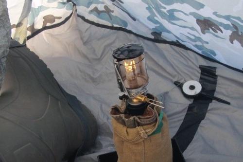 Вероятнее всего, в палатке для обогрева стояла газовая горелка