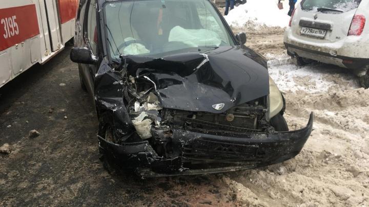 На Стара-Загоре в женщину на Toyota врезался водитель Chevrolet