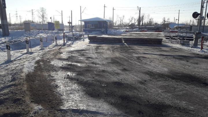 В Самарской области в ДТП на ж/д переезде пострадали 2 пассажирки Hyundai
