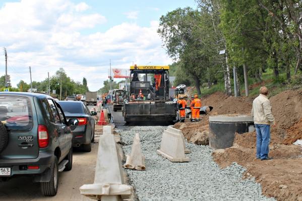 Ремонт на Красноглинском шоссе становится причиной дорожных заторов