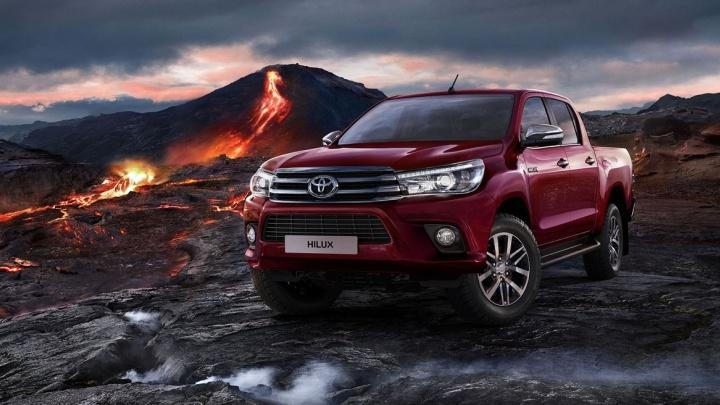 Мужественные формы, яркий стиль и непревзойдённый комфорт: в Екатеринбурге пройдёт тест-драйв легендарного пикапа Toyota Hilux