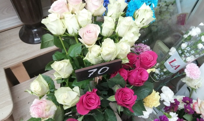 Администрации Городищенского района понадобилось 800 роз