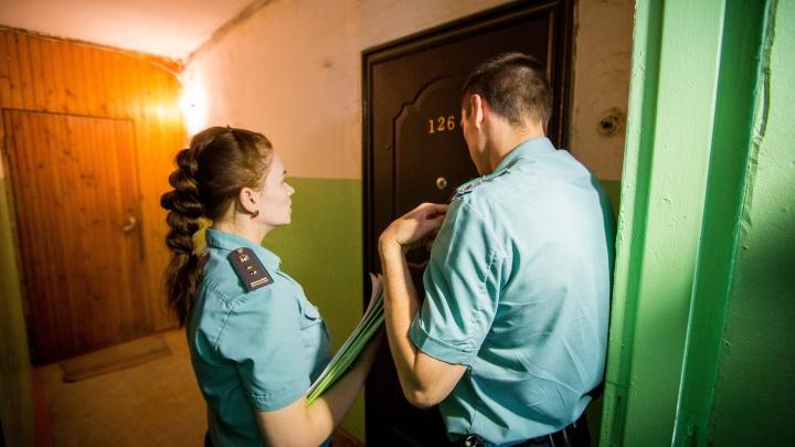 «Работа с приставами — самое ужасное»: что делать двойникам должников и как избежать ошибки