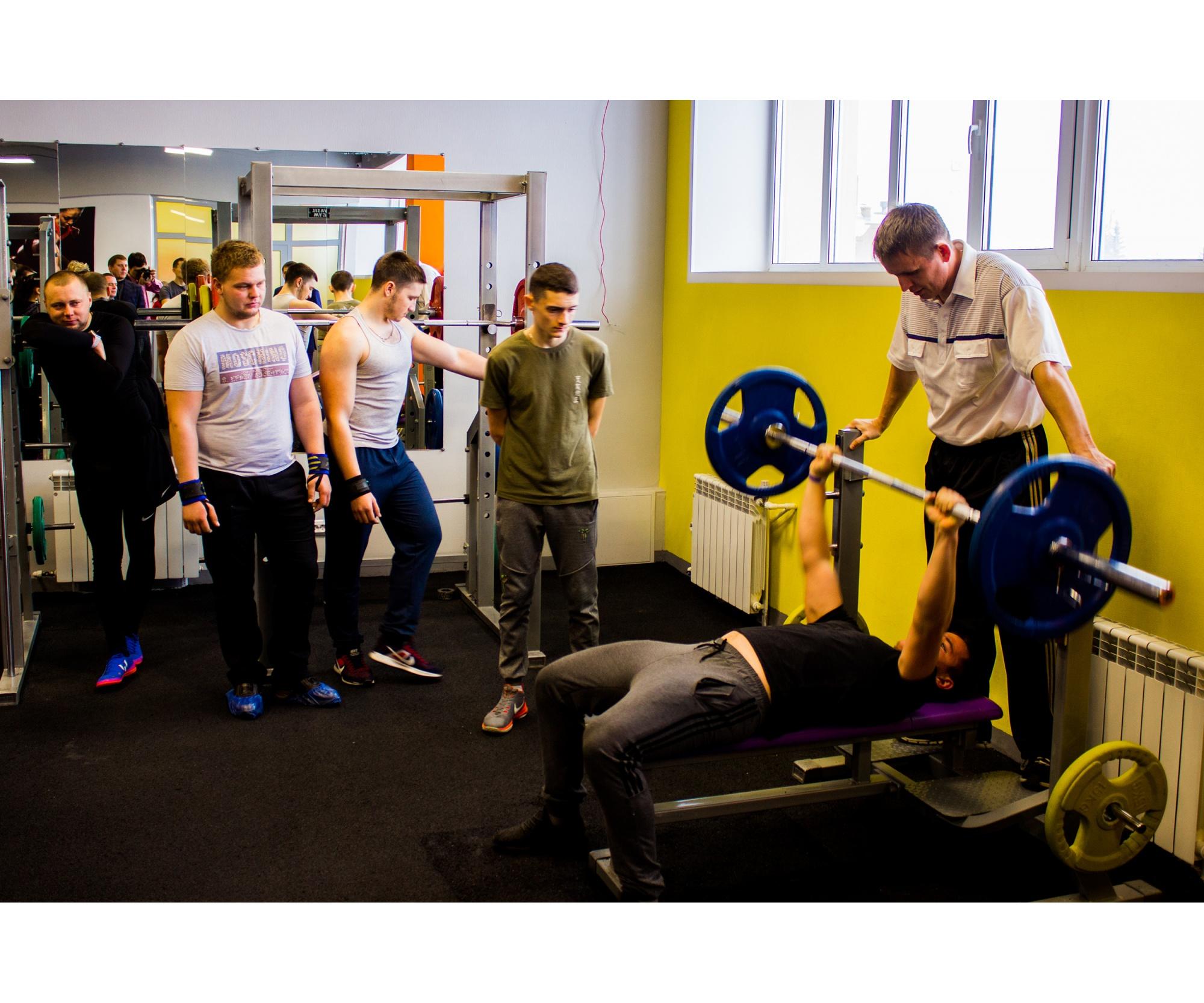 Зал для любителей «железа»и силовых упражнений