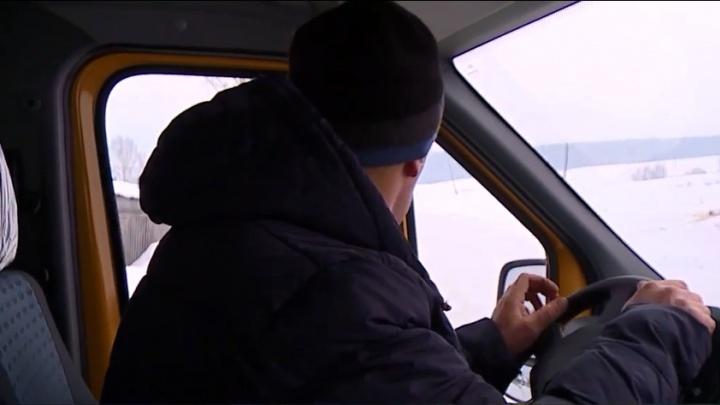 В Канске телевизионщики сняли сюжет про новый школьный автобус. ГИБДД оштрафовала водителя за непристегнутый ремень