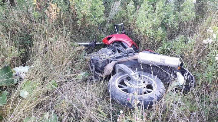 Пытался обогнать «Газель»: в Башкирии, совершая опасный манёвр, погиб мотоциклист