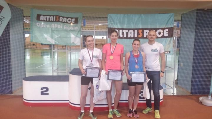 «Это не массовый спорт»: в Новосибирске прошёл первый зимний триатлон