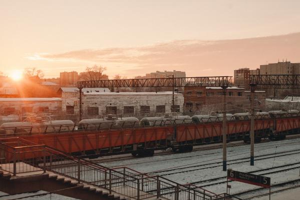 В Тюмени на железной дороге умер рабочий