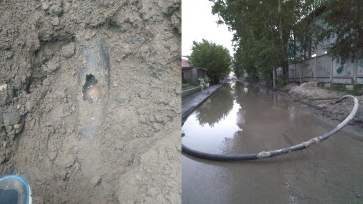 Больница №20 осталась без холодной воды из-за повреждённого водопровода