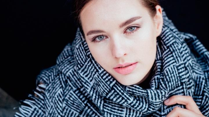 Новосибирская художница попала в топ-50 красавиц страны и улетела на «Мисс Россия»