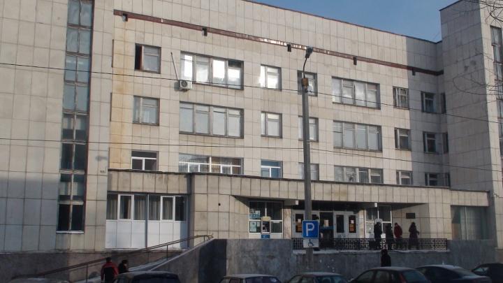 Главврач челябинской больницы ответит за неработающую сигнализацию после эвакуации 142 человек
