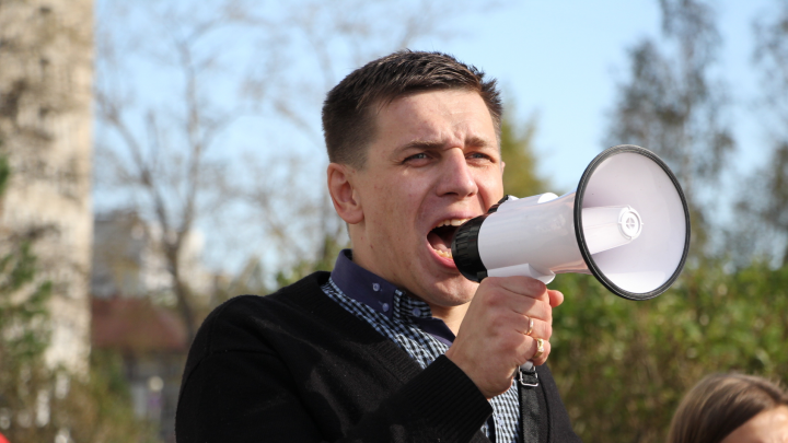 В Архангельске участнику антимусорного митинга запретили праздновать 9 мая в центре города
