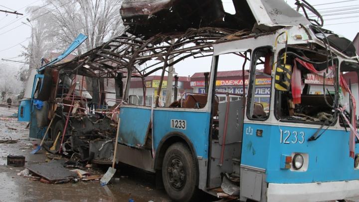 «Мама стала ангелом-хранителем нашей Вике»: истории выживших и погибших в подорванном троллейбусе
