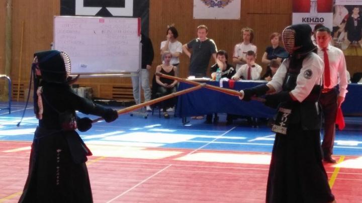Девушки из Новосибирска стали чемпионками России в самурайском искусстве и французском боксе