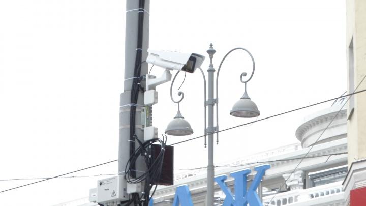 На Ленина установили камеры, чтобы штрафовать водителей, гоняющих по трамвайным путям