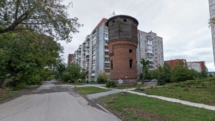 Последняя попытка: на Сортировке устроят субботник и концерт, чтобы спасти от сноса башню