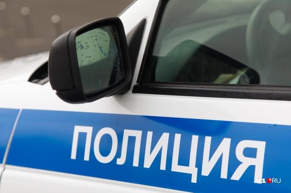 Росгвардейцы отыскали мужчину в подъезде и передали полиции