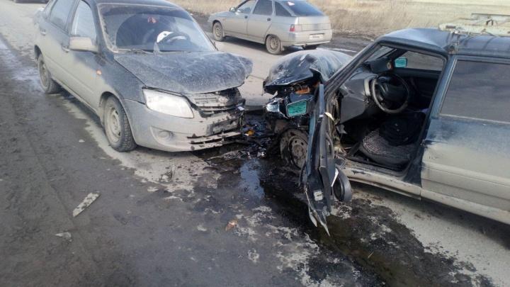 На улице Мостостроителей в Кургане по вине пьяного водителя произошло ДТП