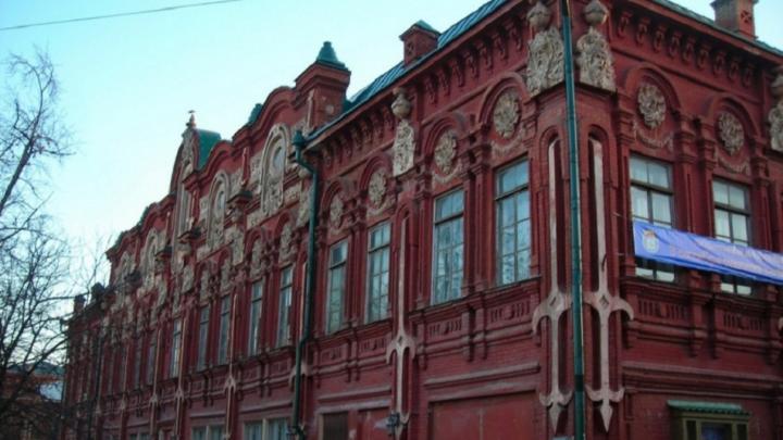 «Худшего состояния я не видел»: в Волгограде отвергли проекты по восстановлению казачьего театра