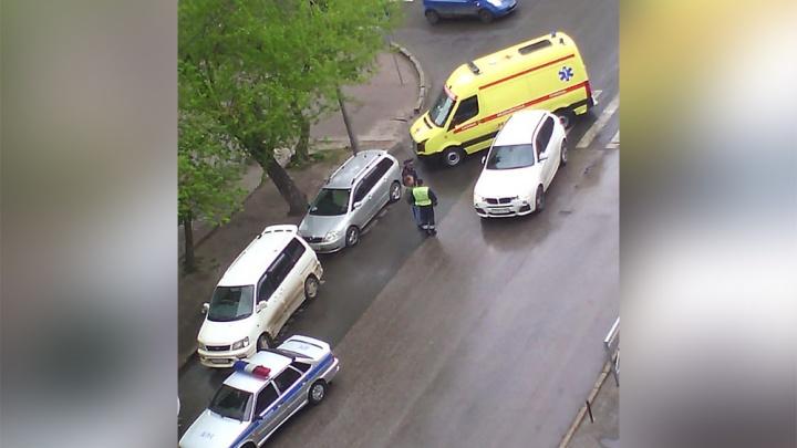 Женщина попала под колёса BMW на перекрёстке Ленина и Советской