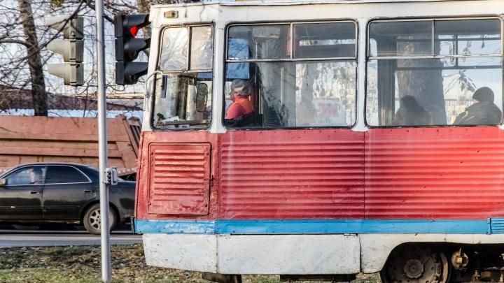 Трамвайный маршрут на правом берегу закроют на 3 дня