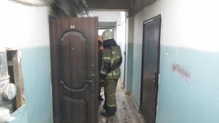 Этим утром из-за пожара эвакуировали жильцов дома на ЖБИ