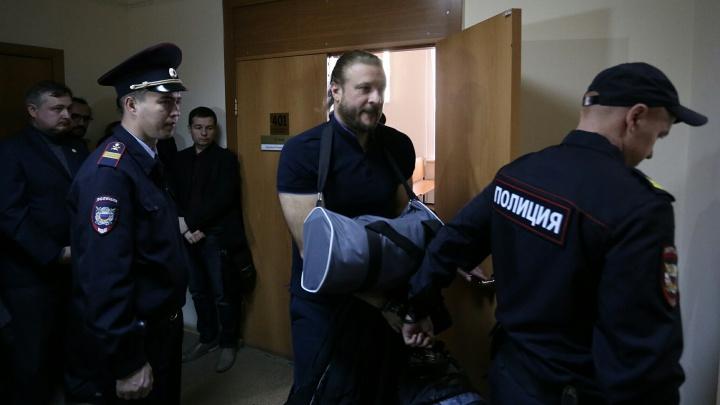 Срок назвали — вздохнул с облегчением: бывшему вице-губернатору Сандакову огласили приговор