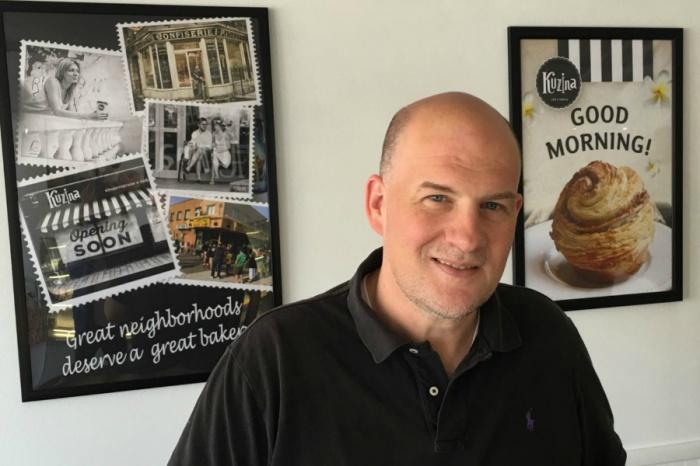 Эрик Шогрен в первой американской кондитерской Kuzina