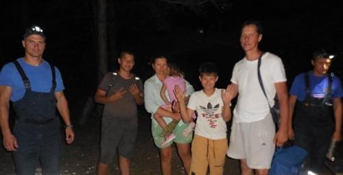 Семья с тремя детьми из Тюмени заблудилась в горах Крыма