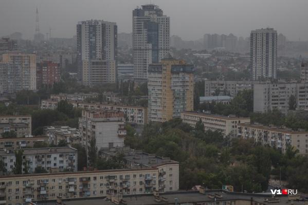 Сегодня утром синоптики уверяли, что непогода обойдет Волгоград стороной