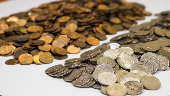 Новосибирцы сдали в банки монеты на 4 миллиона рублей